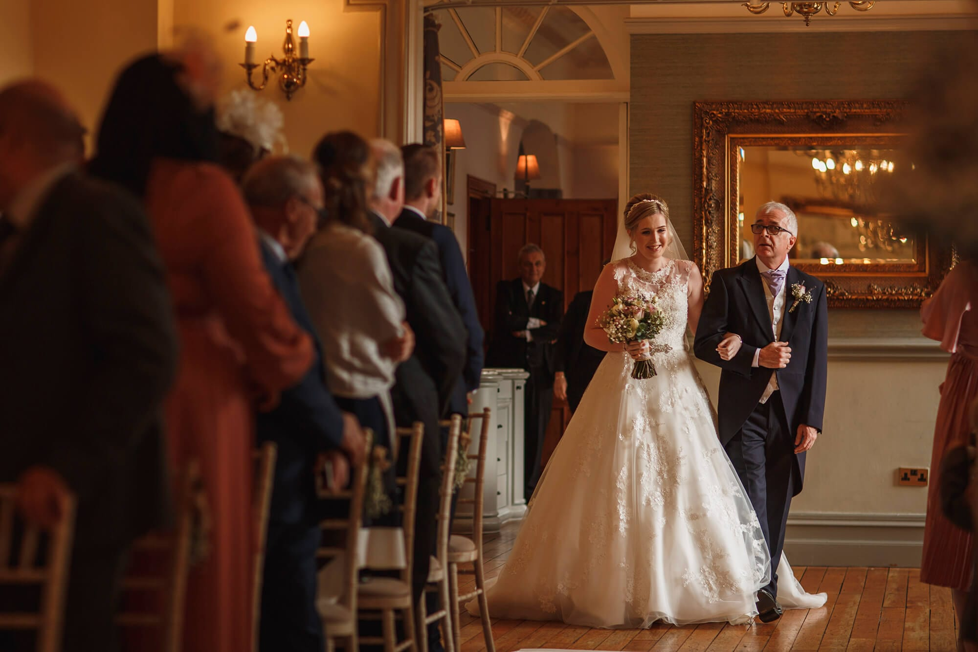 bride arrives with father at nunsmere hall