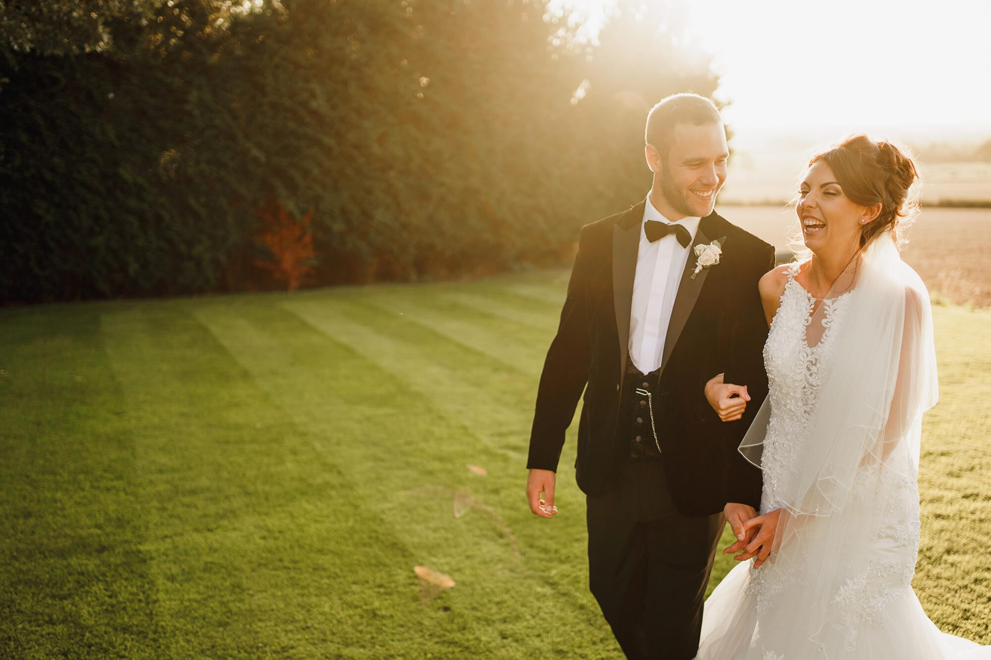 when to book your wedding photographer