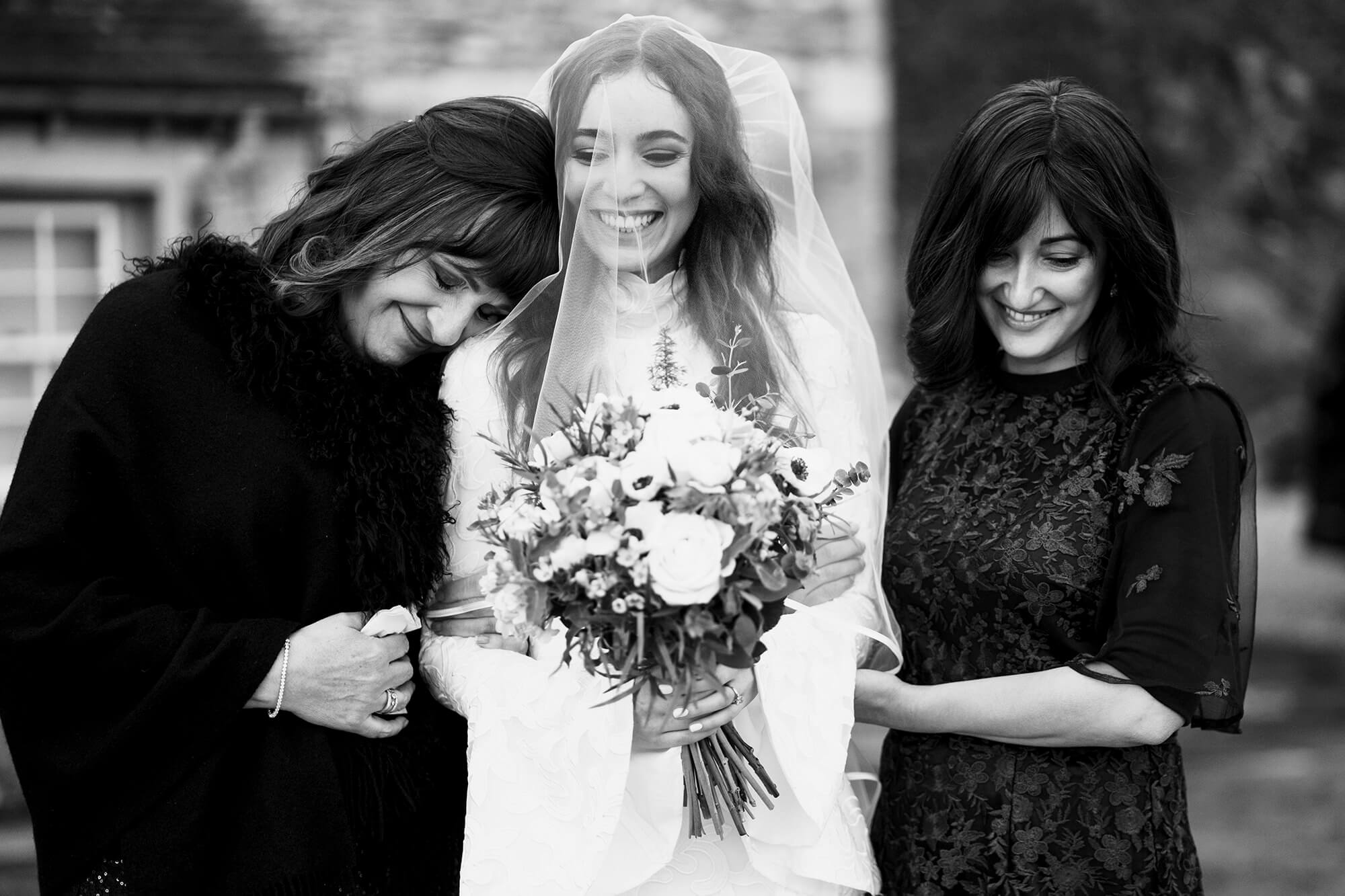 cotswolds bride at wedding